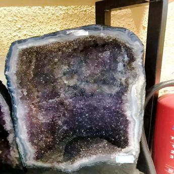 紫晶洞(大01)17002638